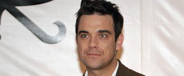 Robbie_Williams_ECMIMA20110602_0055_25