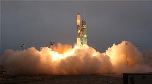 Referencial: lanzamiento de satélite. Foto de Archivo.