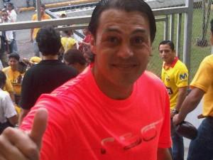 Carlos Alfaro Moreno también sufragó