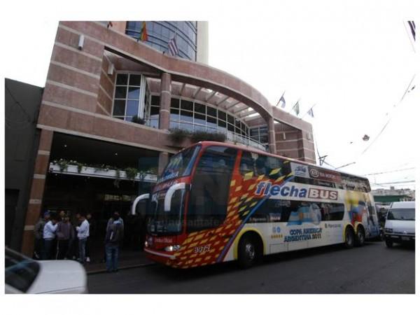 bus-ecuador-1