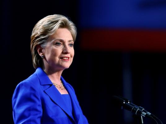 Hillary-Clinton-apoya-a-lagarde