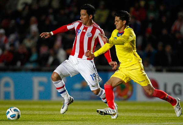 Foto de archivo. Norberto Araujo jugando la Copa América del año 2011. Foto API.