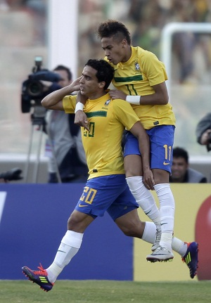 Jadson marcó el 1x0 a favor de Brasil.