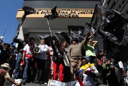 contramanifestantes