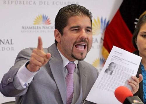 BUCARAM HABLA SOBRE EL VOTO DE ECUADOR EN LA OEA