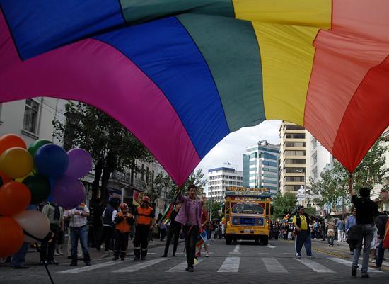 orgullo gay quito-2