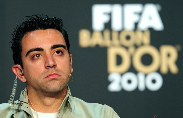 Foto de archivo. Nominee for the FIFA Ballon d'Or, Spain's Xavi Hernandez, attends a press conference. Foto EFE.