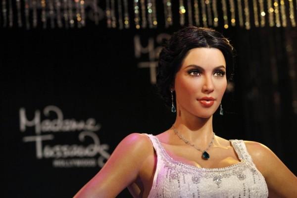 kim-kardashian pelo cogido