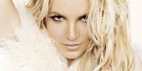 Britney-Spears-confirms-Femme-Fatale-European-tour-dates