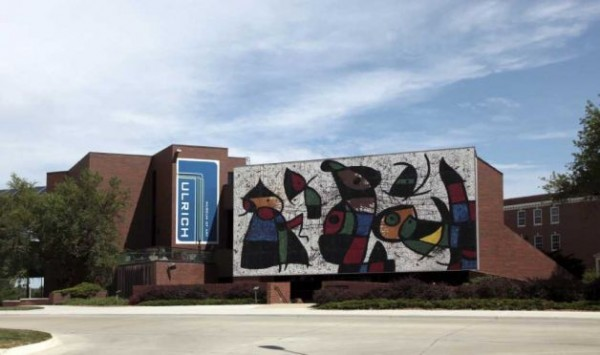 Miró mural