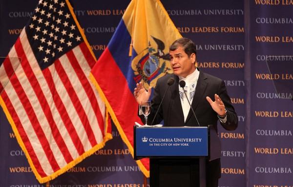 New York, 23 sep 2011.- El Presidente Rafael Correa ofreció una conferencia en la Universidad de Columbia. Cientos de estudiantes acudieron a escuchar su ponencia sobre la libertad de expresión en el Ecuador. Foto: Eduardo Santillán Trujillo/Presdiencia de la República.