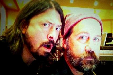 """El baterista Dave Grohl y el bajista Krist Novoselic de """"Nirvana"""""""