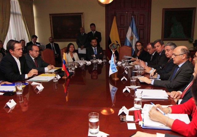 reunion_cancilleres_ecuador_argentina
