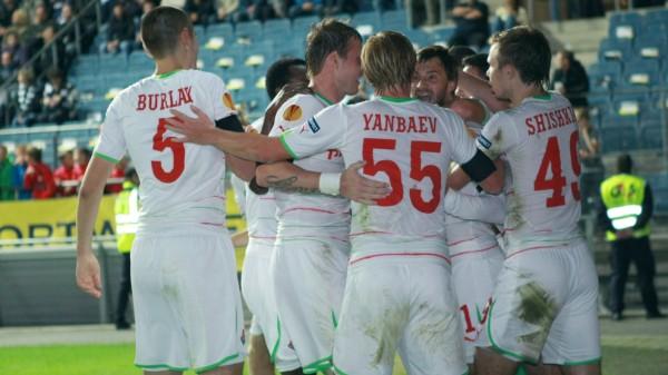 Lokomotive Moskva's players celebrate th