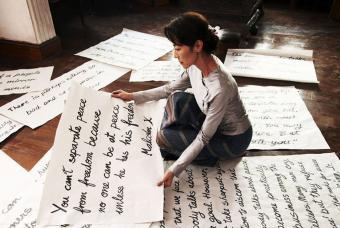 Michelle_Yeoh_interpreta_papel_Aung_San_Suu_Kyi