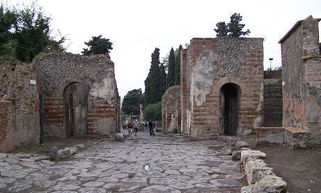 pompeya_puerta_herculano