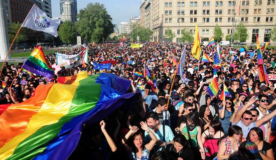 Marcha gay Chile 01-10