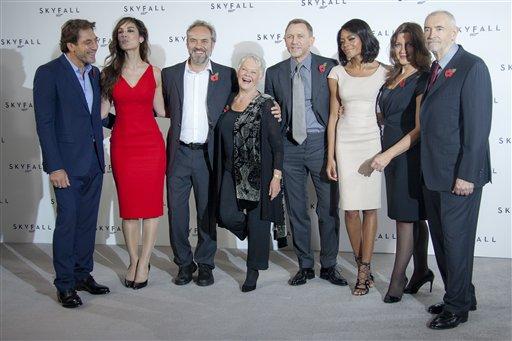 Sam Mendes, Javier Bardem, Daniel Craig, Naomi Harris, Judi Dench, Berenice Marlohe, Barbara Broccoli, Michael G. Wilson