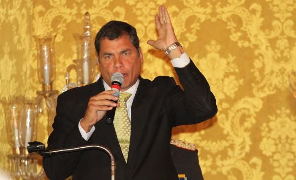 CAMBIO DE GABINETE MINISTERIAL