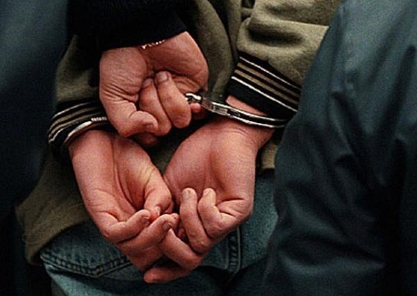 DEVOLUCION DE  MENORES FUGADOS POR PARTE DE LA POLICIA LUEGO DE UN M0TIN EN EL REGISTRO DE  UBICACION PERTENECIENTE AL CONSEJO DEL MENOR Y LA FAMILIA BONAERENSE.EL 16/6/1998