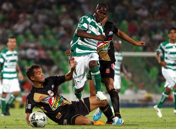 Santos v Morelia - Clausura Tournament 2011