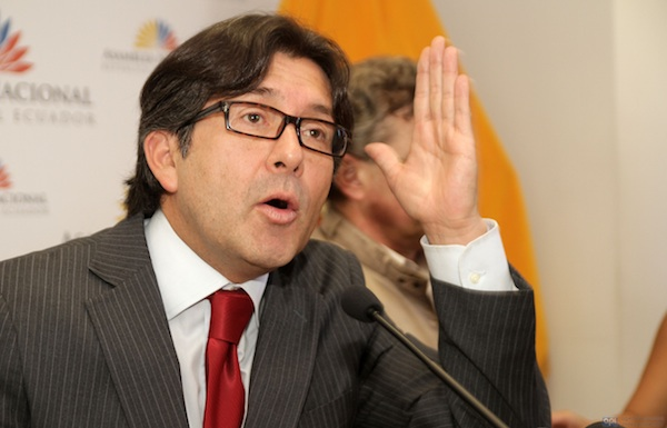 César Montúfar. Foto: API/Archivo