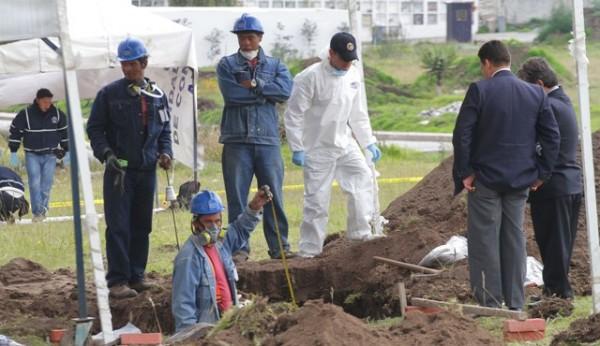 EXUMACION DE CADAVERES EN EL CEMENTERIO POR EL CASO RESTREPO