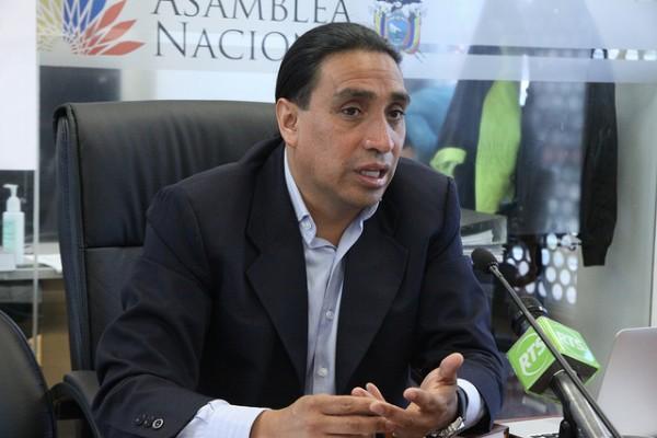 Asambleísta Virgilio Hernández, presidente de la Comisión de Régimen Económico. Foto de Archivo, La República.