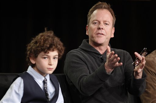 Kiefer Sutherland, David Mazouz