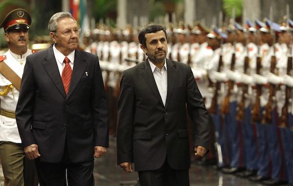 Ahmadinejad, Castro