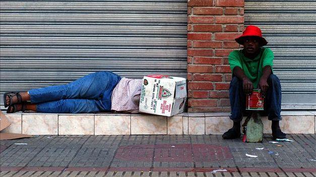 BM-pobreza-mundial-millones-personas_TINIMA20120229_1005_5