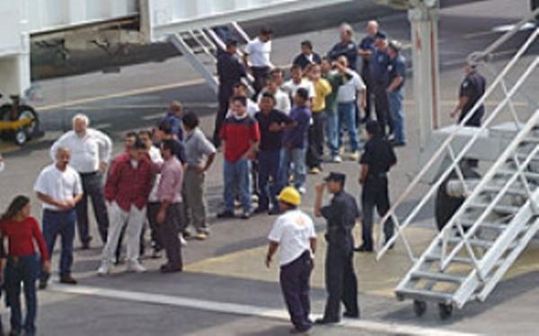 ecuatorianos_Deportados