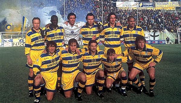 Foto de Archivo, Histórico equipo del Parma FC que ganó la Copa UEFA en 1998.