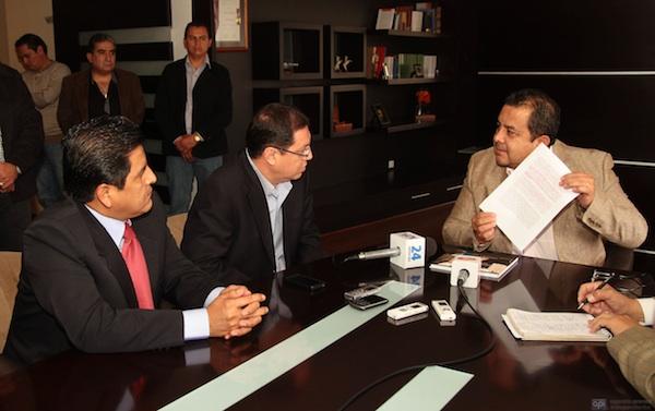 PRESIDENTE DE LA UNP VICENTE ORDOÑEZ ACUDE A LA CORTE CONSTITUCIONAL