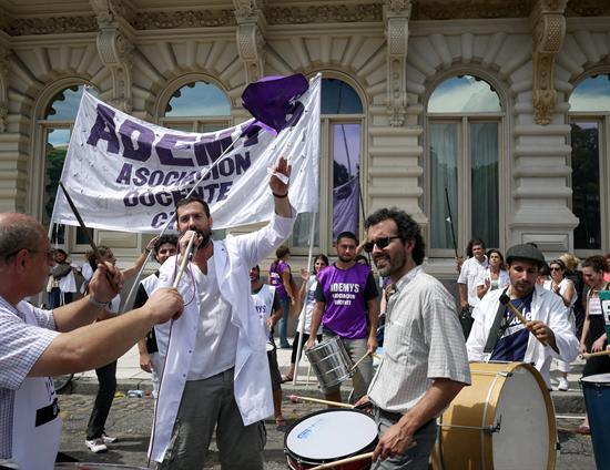 huelga_maestros_argentina