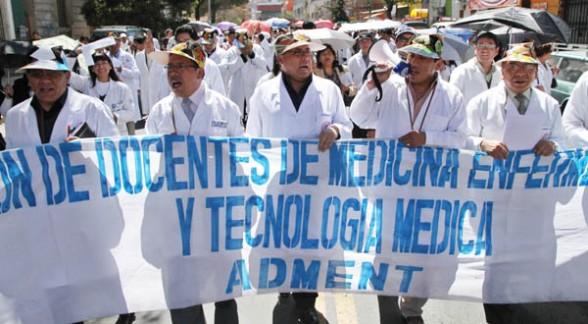 huelga_medicos_bolivia1