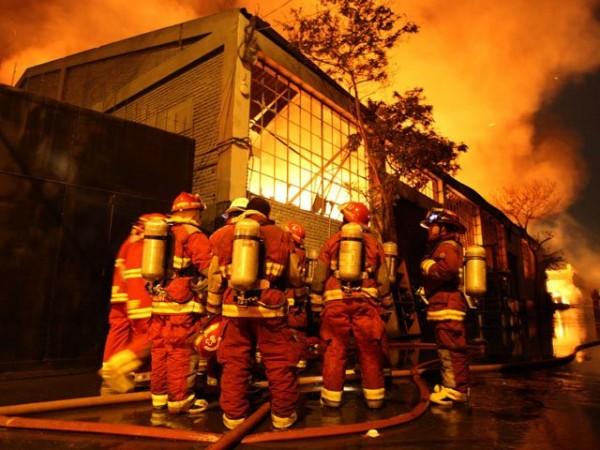 incendio_bodega_libros_peru1