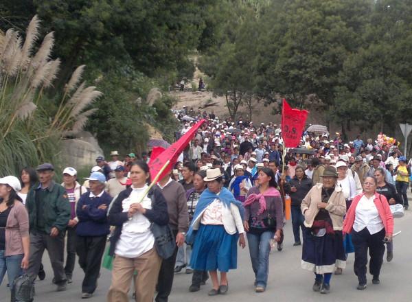 marcha_8m_indigenas1