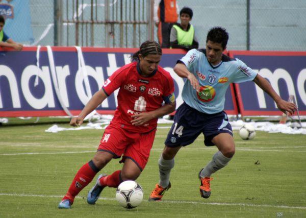 Foto de archivo. Marwin Pita en un partido de campeonato ecuatoriano de fútbol  con Nacional. Foto API.