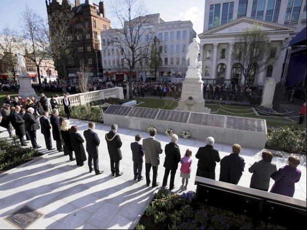 Belfast monumento titanic