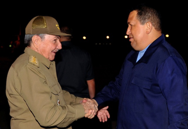 Raul Castro, Hugo Chavez