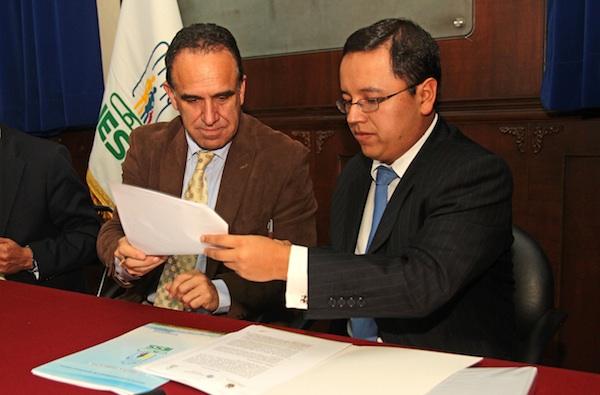 RUEDA DE PRENSA DE PATRICIO RIVERA Y RAMIRO GONZALES