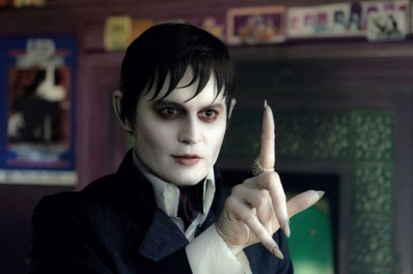 Barnabas+Collins+in+-Dark+Shadows-