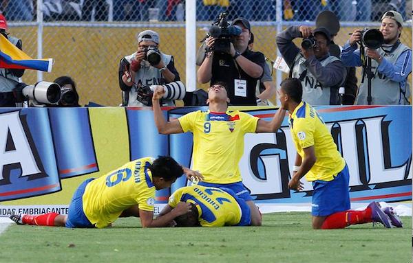 ecuador gol colombia