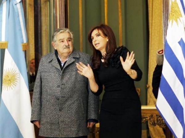 José Mujica y Cristina Fernández. Foto de Archivo.