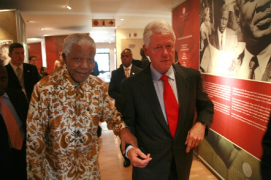 bill_clinton_nelson_mandela