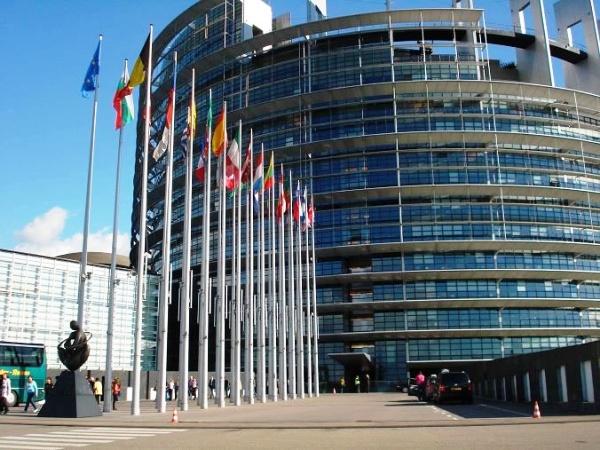 edificio-parlamento-europeo-