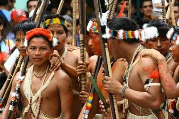 indigenas_waorani