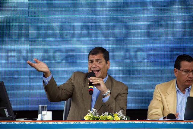 Correa en Loja