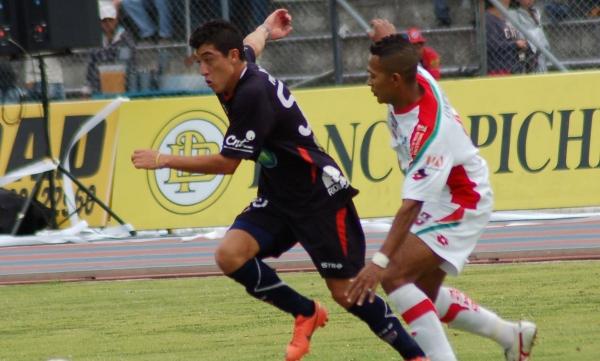 Riobamba 5 de agosto del 2012. Estadio Olímpico de Riobamba, encuentro entre Olmedo y Liga de Loja.